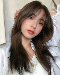 Skin Care Basics: Great Tips And Advice For Healthy Looking Skin - Beauty Skincare Products Korean Makeup Look, Korean Makeup Tips, Asian Makeup, Korean Beauty, Asian Beauty, Korea Makeup, Korean Makeup Tutorials, Korean Haircut, Korean Bangs