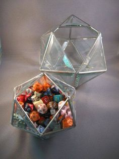7 awesome boxes and bags for storing your tabletop dice polydice for RPG games Geek House, Dragon Wedding, Dragon Dies, Nerd Room, Dungeons And Dragons Dice, Tabletop Games, Geek Culture, Magic The Gathering, Game Room