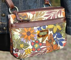 Relic-by-Fossil-Floral-Print-Small-Messenger-Cross-Body-Handbag