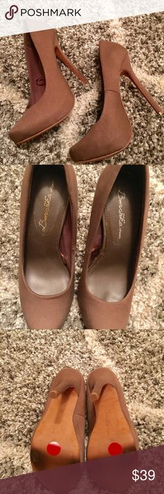 Dark tan, goldish color stiletto. Dark tan/goldish color silk like fabric with covered platform. cut small more like a 7.5. Beautiful. Only worn once. Shoes Heels