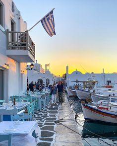 Paros Greece, Santorini Greece, Mykonos, Greece Vacation Packages, Greek Island Hopping, Paros Island, Travel Expert, World Photo, Greek Isles