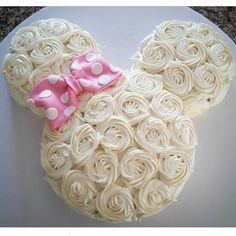 Rosette Minnie Mouse Cake