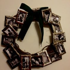 Photo wreath Picture Frame Wreath, Picture Frames, Christmas Holidays, Christmas Gifts, Graduation, Wreaths, Gift Ideas, Crafty, Decorating