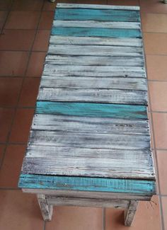 99 Pallets discover pallet furniture plans and pallet ideas made from Recycled wooden pallets for You. So join us and share your pallet projects. Pallet Ideas, Diy Pallet Projects, Wood Projects, Pallet Designs, Pallet Crates, Wooden Pallets, Pallet Wood, Diy Wood, Pallet Tables