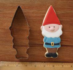 Hecho a mano niño Gnome cortador de la galleta por KlickitatStreet, $5.00