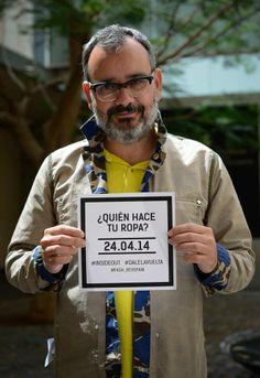 El diseñador Domingo Ayala se une al Fashion Revolution Day Tenerife y quiere saber quien hace su ropa! @fash_rev #insideout Foto: Javier Velasco