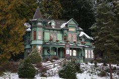 The Shelton-McMurphey-Johnson House in Eugene, Oregon - Pixdaus