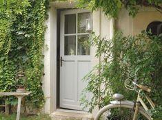 belle porte d'entrée bois et vitre | Les portes d'entrées donnent le ton