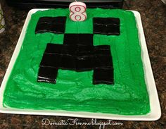 Minecraft Birthday Party: Creeper Cake #Parties #Birthdays #DIY #Character…