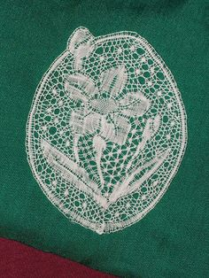 Bobbin Lace - LPS Admin - Picasa Web Albums Bobbin Lacemaking, Thread Art, Linens And Lace, Antique Lace, Lace Flowers, String Art, Tatting, Opera, Textiles