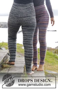 Knitted DROPS tights with rib in