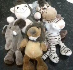 2ad3a3316 Encontre Chaveiro Leo Elefante Tigre E Girafa no Mercado Livre Brasil.  Descubra a melhor forma de comprar online.