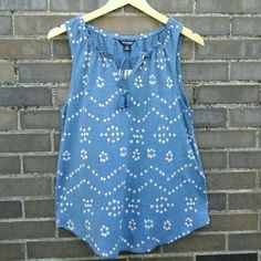 """Blue Drawstring Tank Blue diamond print drawstring tank with rope tassel tie. Curved hem. Linen/viscose blend. Casual, denim friendly.  Size: Medium Measurements: Bust: 18""""   Hip: 21""""  Length: 24""""  Reasonable Offers Welcome!  NO Trade / NO Paypal Lucky Brand Tops Tank Tops"""