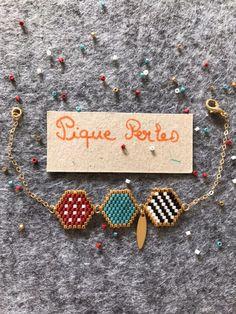 Bracelet with hand-woven miyuki beads Bead Embroidery Patterns, Beaded Embroidery, Beading Patterns, Art Patterns, Handmade Bracelets, Handmade Jewelry, Bead Loom Bracelets, Jewelry Bracelets, Bijoux Diy