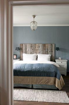 118 Elegant Interior Design Ideas for Men's Bedroom Decor - Modern Country Bedrooms, Modern Bedroom, Masculine Master Bedroom, Trendy Bedroom, Country Bedroom Blue, Modern Country Style, Vintage Country, Vintage Wood, Home Decor Bedroom