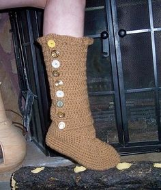 Love the buttons on these boots! Super cute