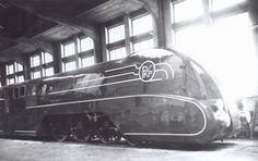 polish streamlined locomotive Pm36-1 designed by Kazimierz Zembrzuski, 1937