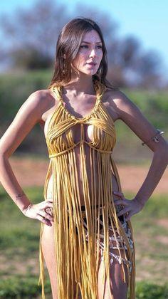 Mustard macrame up - Beauty Women Native American Models, Native American Beauty, American Indian Girl, Indian Girls, Native Girls, Mode Style, Gorgeous Women, Beautiful Celebrities, Asian Woman