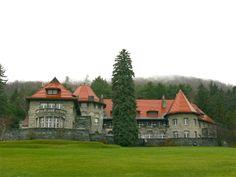 Everett Mansion Castle in Bennington, VT