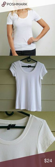 """CYNTHIA ROWLEY tee Cover photo is """"get the look"""" my tee is the same fit!  This is a basic must have! It's a nice thick fabric and stretchy. Great fit!  Features a scoop neck and short sleeve. Washed and worn once and in great condition.   48% Pima cotton 48% modal 4% spandex Cynthia Rowley Tops Tees - Short Sleeve"""