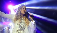 "Reigan Derry performed her version ""Toxic"" by Britney Spears on The X Factor Australia 2014 Top 12 Live Shows 'Legends Week', Sunday, August 17, 2014. ""Last week was outstanding. It's not about the voice. It's about the performance. She's disconnected from the audience,"" says Ronan. ""I love your voice, I wanna buy it, i wanna …"