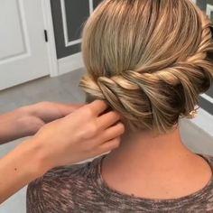 Hairdo For Long Hair, Bun Hairstyles For Long Hair, Braided Hairstyles, Wedding Hairstyles, Short Fine Hair Updo, Braidmaids Hairstyles, Simple Hair Updos, Medium Hair Updo, Updos For Medium Length Hair