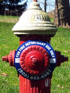 HYDRANT RINGS from LEM Products, Inc. are UV and weather resistant plastic disks with printed legends used to identify function, flow capacity and ownership of fire hydrants.  The rings have various inner opening diameters to accommodate a range of valve sizes.   LEM also produces NFPA Flow Rings which are color coded to comply with the National Fire Protection Agency's standard ratings for water flow capacity.  Hydrant Ring Markers are available in reflective and non-reflective material.