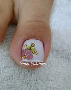 Ideias e Inspiração de Unhas dos pés decoradas, as melhores fotos Cute Pedicures, Nail Art, Art Design, Print Tattoos, Nails, Top, Beautiful, Pretty Pedicures, Nail Stickers
