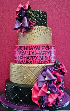 @KatieSheaDesign ♡❤ #Cakes ❤♡ ♥ ❥  glitz and glam cake