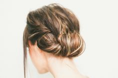 "Hair Tutorial // ""Looks like I spent a long time on my hair"" Roll"