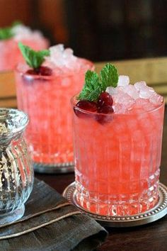 Recipe: Cranberry Ginger Fizz. Our full guide to the perfect holiday party, here: