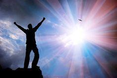 SI VOUS PRÉSENTEZ L'UN DE CES 14 SIGNES, VOUS ÊTES ENTRAIN D'ÉVOLUER DANS LE PROCHAIN NIVEAU DE L'HUMANITÉ | LaPresseGalactique.org