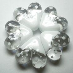 """'Snow Day' heart beads ~ £5.50 each #glass #heart #bead"""