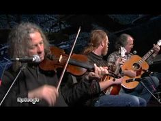 A Pickin' Medley from Railroad Earth
