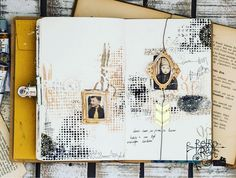 Journal page with Tim Holtz stensil and gold paste Renesans
