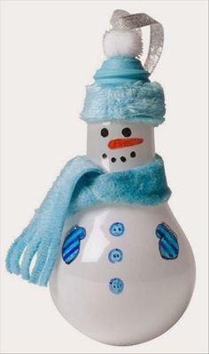 Light bulb snowman, christmas crafts by josie Snowman Crafts, Snowman Ornaments, How To Make Ornaments, Christmas Projects, Holiday Crafts, Christmas Ornaments, Snowmen, Lightbulb Ornaments, Christmas Tree