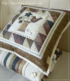 accent pillows for brown couch Applique Cushions, Patchwork Cushion, Sewing Pillows, Patchwork Bags, Quilted Pillow, Applique Quilts, Pin Cushions, Mini Quilts, Small Quilts