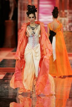 Christian Lacroix Haute Couture Spring-Summer 2005   Flickr - Photo Sharing!