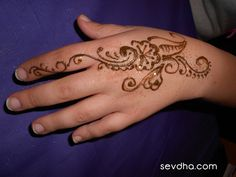 Orlando Henna Tattoo Artist! → henna tattoos hands orlando artist ... Henna Tattoo Hand, Hand Tattoos, Beautiful Hands, Tattoo Artists, Orlando, Tatuajes, Orlando Florida
