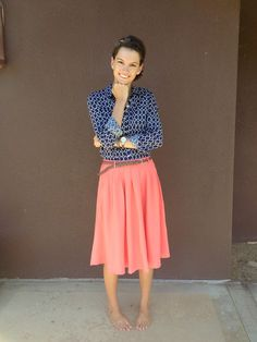 I'd love to try a long flows skirt with a professional coordinating top for work, church, date night, etc Modest Dresses, Modest Outfits, Modest Fashion, Fashion Outfits, Womens Fashion, Spring Summer Fashion, Spring Outfits, Pretty Outfits, Cute Outfits