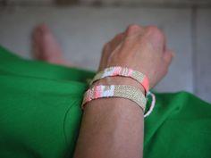 bracelet LOOM N°16 custom order gold/néon/white myriambalay.fr