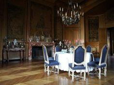 Photo et Image de: Château de Saint-Fargeau, Saint Fargeau |LateRooms.com