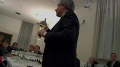 An event with Il Cavatappi's founder Luca Giovanelli, sommelier. Video by Giovanni Covini.