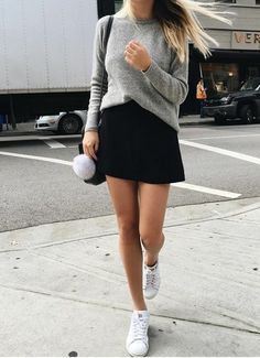 6 Thanksgiving Outfits That Are Comfortable Yet Chic Cold Day Outfits, Uni Outfits, Style Outfits, Dressy Outfits, Fall Outfits, Fashion Outfits, Casual Chic, Elegant Outfit, Ladies Dress Design