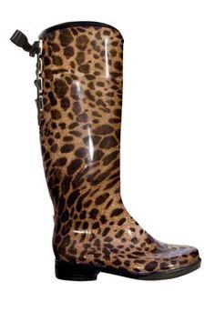 Victoria Leopard Rain Boot