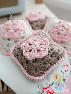 Free crochet patterns: 16 ways with granny squares