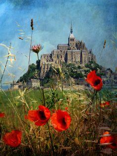 M o n t - S a i n t - M i c h e l (French at Heart)  Gorgeous work of Dawne Polis