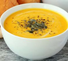 Thai Red Curry, Cantaloupe, Appetizers, Fruit, Ethnic Recipes, Food, Cream Soups, Dinner Tonight, Bon Appetit