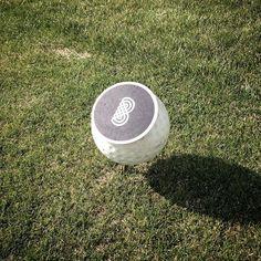 www.brandeau.ch I Hole-in-one, free water for all.  •••  #brandeau #brandeaubottles #wasser #water #wasserflasche #wassertrinken #wassergenuss #hahnenwasser #stilleswasser #flasche #karaffe #wasserkaraffe #glasflasche #schweizerwasser #tapbottle #tapwater #golfgreen #golfball #holeinone #greengrass #handicap #freewater #playgolf #balldesign #golfclub
