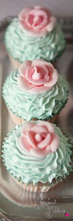 Frivolous Fabulous - Gorgeous Blue and Pink Cupcakes